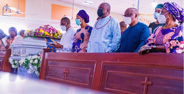 Governor Okowa, wife, James Ibori and Emmanue Uduaghan and wife at Mrs. Tuwere Nelly Utuama's burial