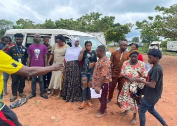 The rescued kidnapped victims along Benin/Auchi Road