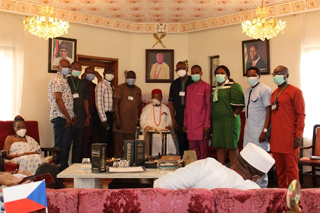 Branch Officers' Committee members on a courtesy visit to the Asagba of Asaba, HRM Obi(Prof) Chike Edozien at his Palace in Asaba.