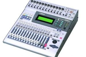 Console de mixage numérique Yamaha 01v