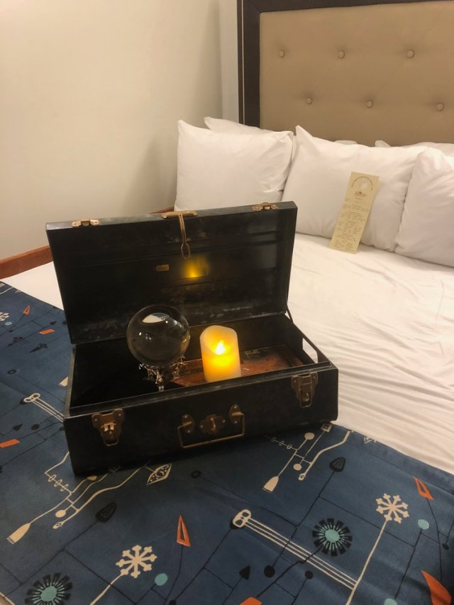 Event Recap The Queen Marys Stateroom B340 Nightmarish Conjurings