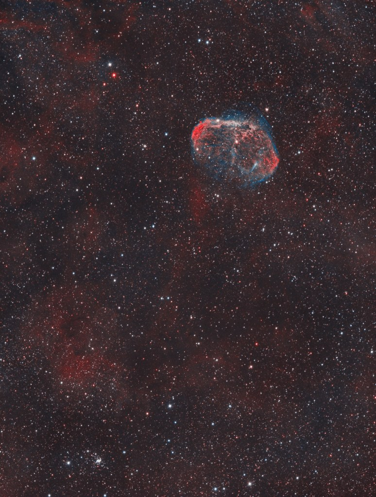 Crescent Nebula and Soap Bubble Nebula