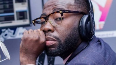 Photo of 'My Ex-Girlfriend Dumped Me After She Saw 'Atadwe' In My Wardrobe' – Andy Dosty Shares Sad Tale