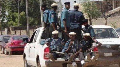 Photo of Police arrest 11 youths for eating during Ramadan