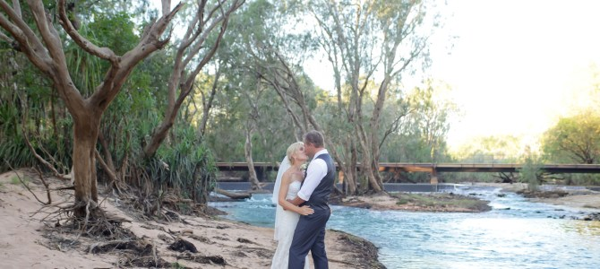 KATHERINE WEDDING PHOTOGRAPHY – LOW LEVEL NATURE RESERVE – DEE + BRENTON – SNEAK PEEKS