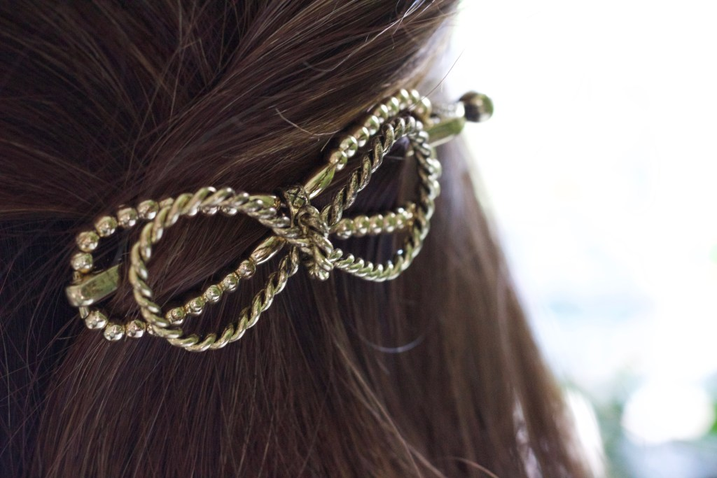 Friday Favourites! Cute Bow Clip Hair Accessory: Lilla Rose Flexi Hair Clips! || Hair Style Beauty || Nikki's Plate