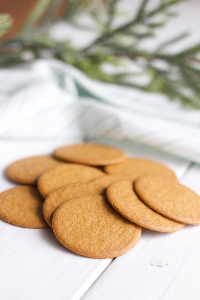Gluten Free Chocolate Dipped Gingersnaps || Healthy twist to delicious Christmas baking treat. Perfect dessert for everyone! || Nikki's Plate by Nikki Bahan