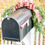 30 Christmas Mailbox Decoration Ideas