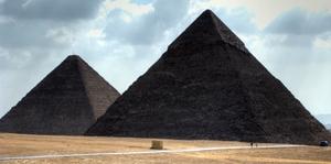 Die Pyramiden von Giza (Giseh): Das letzte Weltwunder der Antike steht in Ägypten in der Nähe von Kairo. Foto: www.nikkiundmichi.de