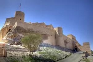 Festung: Das Fort von Nakhl, Oman. Foto: www.nikkiundmichi.de