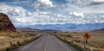Unterwegs in den Anden: von Cusco nach Puno in Peru.