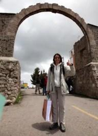 Nikki auf der Grenze zwischen Peru und Bolivien.