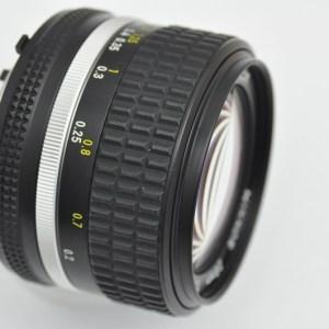 Nikon Nikkor 28mm 2.8 AIS - Nikons schärfstes manuelle Objektiv