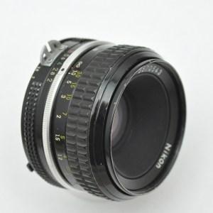 Nikon Nikkor 50mm 2.0 - AI - Ganzmetallkonstruktion