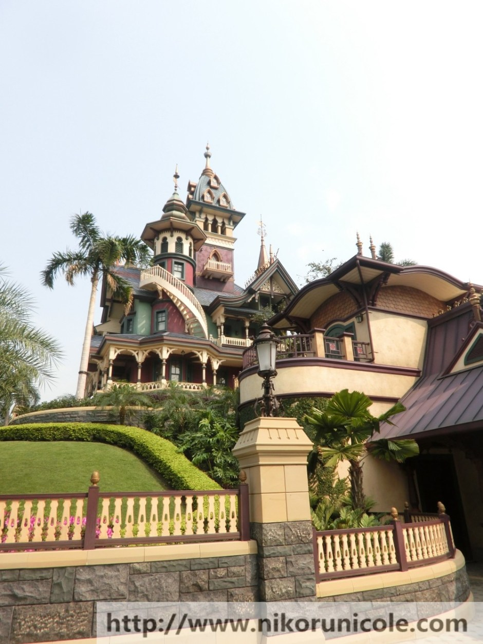 Travel-Hong-Kong-Disneyland-Lifestyle-Blogger-Nikoru-Nicole27
