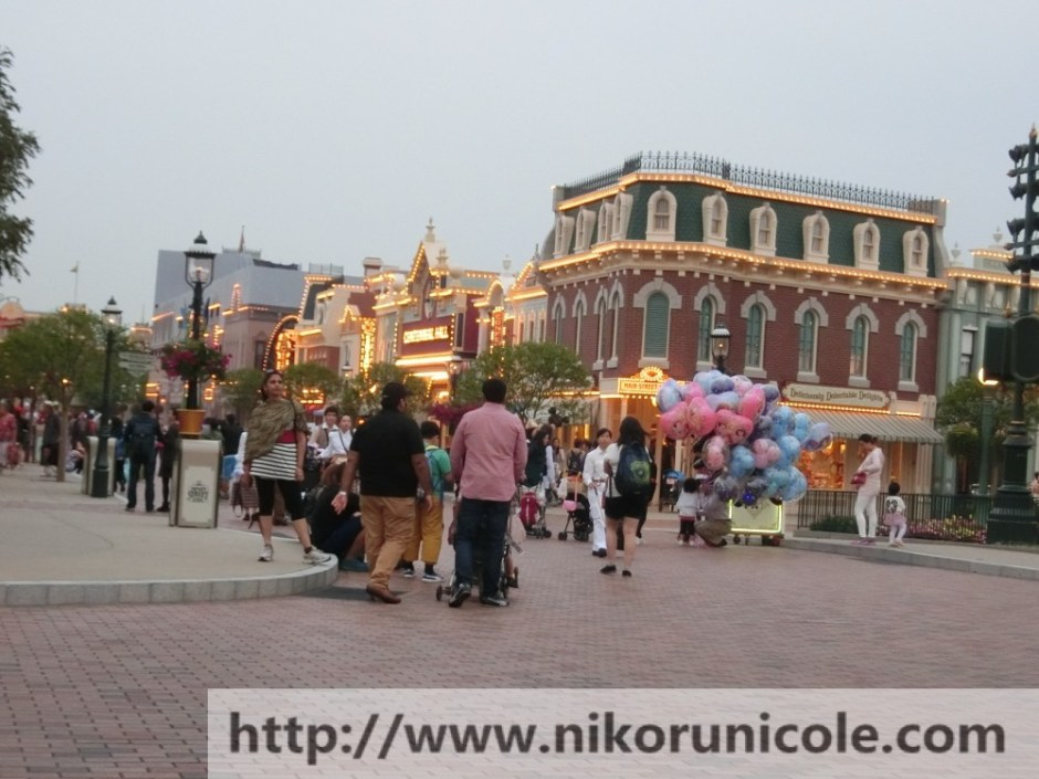 Travel-Hong-Kong-Disneyland-Lifestyle-Blogger-Nikoru-Nicole36