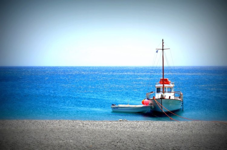 Nikos Boat