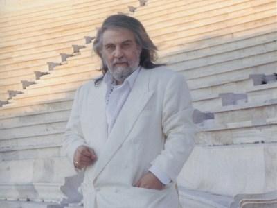 Vangelis, Βαγγέλης Παπαθανασίου, Νίκος Μουρατίδης