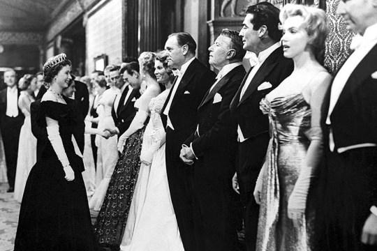 Marilyn-Monroe-and-Queen-Elizabeth-II