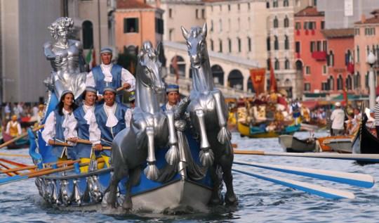venice-historical-regatta-race
