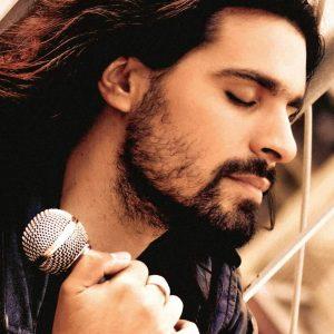 Μηνάς Τσίγκος, τραγουδιστής, Minas Tsigos