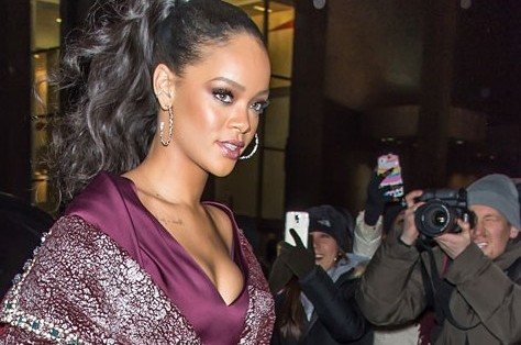 rs_634x1024-150217091417-634_Rihanna-JR-21715