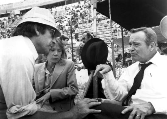 MISSING, director COSTA-GAVRAS with SISSY SPACEK and JACK LEMMON during production, 1982