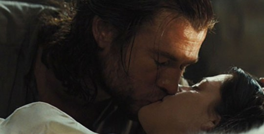 Snow_and_the_Huntsman_Kiss