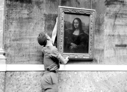 "PARIS, FRANCE, Louvre museum, ""Mona Lisa"" ,Leonardo da Vinci,"