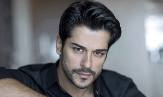 "Burak Özçivit, Τούρκος ηθοποιός, Κεμάλ,""Καρά Σεβντά"","