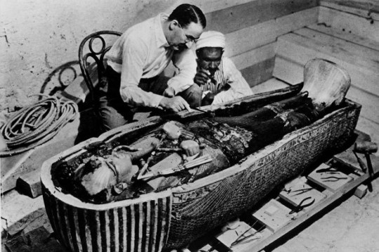 Howard Carter,