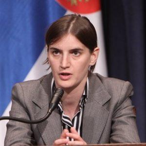 Σκληροπυρηνική λεσβία πρωθυπουργός, Άννα Μπρνάμπιτς, Ana Brnabić, Σερβία, Πολιτική, nikosonlie.grn