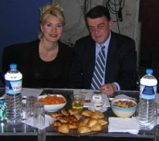 ΕΛΕΝΗ ΜΕΝΕΓΑΚΗ, ELENI MENEGAKI, TV, ΤΗΛΕΟΠΤΙΚΗ ΠΑΡΟΥΣΙΑΣΤΡΙΑ, ΣΤΑΡ, nikosonline.gr