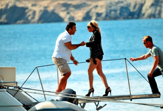 SUMMER, HOLIDAYS, GREEK ISLANDS, CELEBRITIES, ΔΙΑΣΗΜΟΙ, ΔΙΑΚΟΠΕΣ, nikosonline.gr