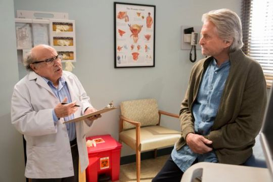 Michael Douglas, Netflix, The Kominsky Method, TV SERIES, SIRIAL, ΤΗΛΕΟΠΤΙΚΗ ΣΕΙΡΑ, nikosonline.gr
