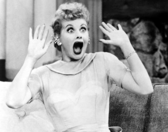 I Love Lucy, ΤΗΛΕΟΡΑΣΗ, ΛΟΥΣΥ ΜΠΟΛ, TV, LUCILLE BALL, ΓΙΑΝΝΗΣ ΝΕΝΕΣ, GIANNIS NENES, nikosonline.gr