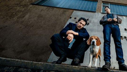 Μπάτσοι, gay Τούρκος, «Σκυλιά του Βερολίνου» , Dogs of Berlin, τηλεοπτική σειρά, νεοναζί, ρατσισμός, διαφθορά, ποδόσφαιρο, στοιχήματα, αστυνομία