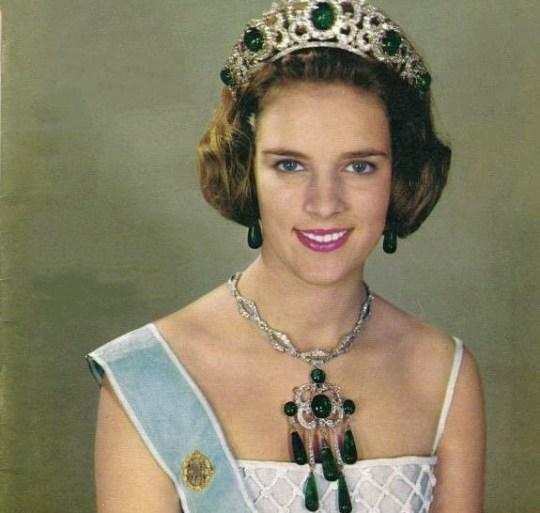 Anna Maria queen of Greece, ΤΟ BLOG ΤΟΥ ΝΙΚΟΥ ΜΟΥΡΑΤΙΔΗ, nikosonline.gr