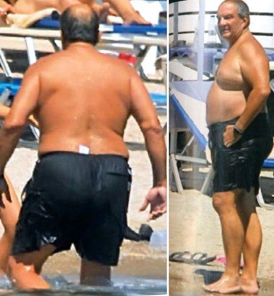 Οι κουστουμάτοι στην παραλία, Πολιτικοί, δημοσιογράφοι, μαγιό, διακοπές, diakopes, politikoi, dimosiografoi, nikosonline.gr