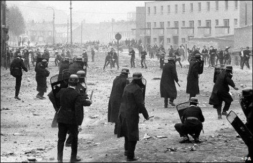 """""""Ματωμένη Κυριακή"""", Bloody Sunday, ΤΟ BLOG ΤΟΥ ΝΙΚΟΥ ΜΟΥΡΑΤΙΔΗ, nikosonline.gr"""
