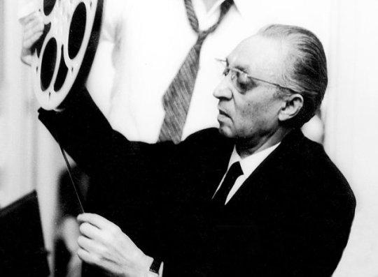 Οι Γερμανοί κρέμασαν τον πατέρα του, ΦΙΛΟΠΟΙΜΗΝ ΦΙΝΟΣ, FINOS FILMS, ΦΙΝΟΣ ΦΙΛΜ, ΛΛΗΝΙΚΟΣ ΚΙΝΗΜΑΤΟΓΡΑΦΟΣ, ΑΛΙΚΗ, ΖΩΗ, nikosonline.gr