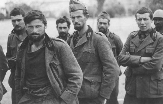 Έπος '40, Τα φαντάρια μας στα βουνά, Μαρία Μαθιουδάκη, Ελληνο-ιταλικός πόλεμος, polemos, 1940, Hellas-Italy, nikosonline.gr