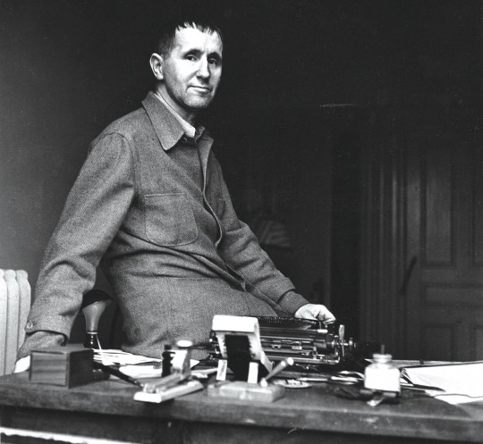 Χρονολόγιο, Bertolt Brecht, ΜΠΡΕΧΤ, ΤΟ BLOG ΤΟΥ ΝΙΚΟΥ ΜΟΥΡΑΤΙΔΗ, nikosonline.gr