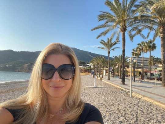 Το πιο cool τυπάκι, Χριστίνα Πολίτη, Christina Politi, δημοσιογράφος, cosmopoliti, Μητέρα, παιδιά, Άννα Βίσση, nikosonline.gr
