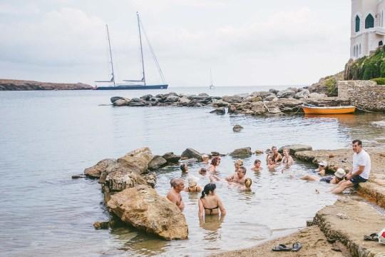 Κύθνος, Ένα καλά κρυμμένο μυστικό, Kithnos Greek island, Kyklades, Κυκλάδες, νησί, καλοκαίρι, ντόπια κουζίνα, ιαματικά λουτρά, nikosonline.gr