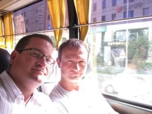 im KAL-Bus zum Flughafen