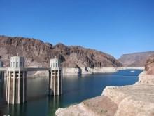 Die Wasser-Seite des Hoover Dam...