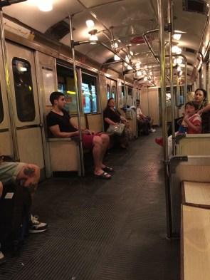 U-Bahn Linie H, mit echten Glühbirnen