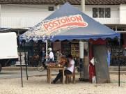 Einer der typischen Verkaufsstände entlang der Straßen