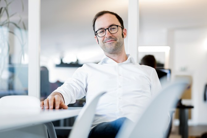 Lasse Rheingans ( CEO Rheingans Digital Enabler / Kunde: VGB / Kundenmagazin: Certo / Agentur: Tempus Corporate / Bielefeld 2018 / Foto: Nils Hendrik Mueller